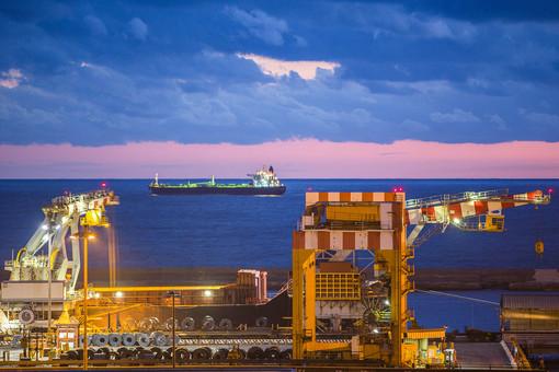 """Arcelor Mittal, Toti: """"Sostegno ai lavoratori ma la politica industriale non va fatta nelle aule dei tribunali"""""""