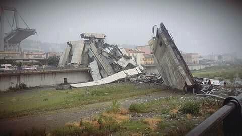 Salgono a 39 le vittime del crollo del ponte Morandi