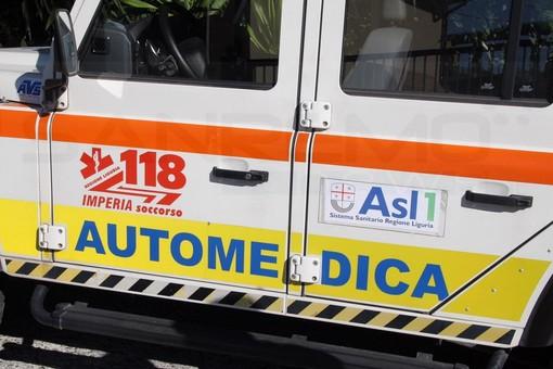 Ventimiglia: giovane genovese cade da un balcone dell'Ancora, le sue condizioni sono gravi