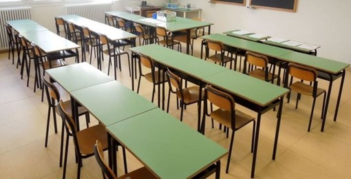 Scuola, 1.200 i primi docenti assunti per il nuovo scolastico. Il 'Vittorio Emanuele' trova spazi a Sturla