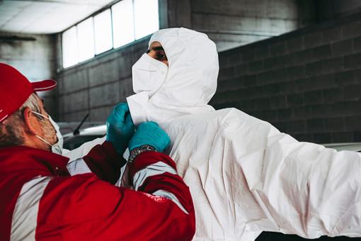 Coronavirus: anche oggi numeri stazionari, un decesso al San Martino