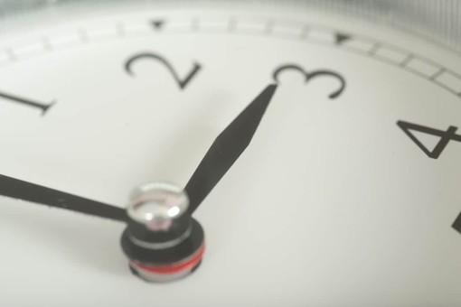 Ora estiva, domenica le lancette dell'orologio saltano di un'ora in avanti