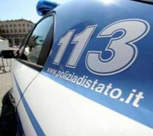 Polizia: sgominata banda criminale specializzata in furti di lusso