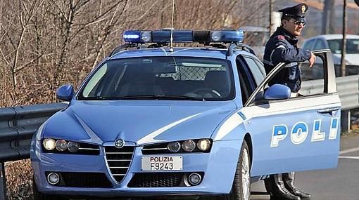 Serata folle per Defrel: ubriaco alla guida non si ferma all'alt della polizia e si schianta