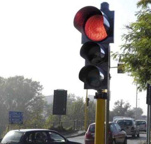Genova, attraversò col rosso facendo morire il motociclista: l'accusa è di omicidio stradale