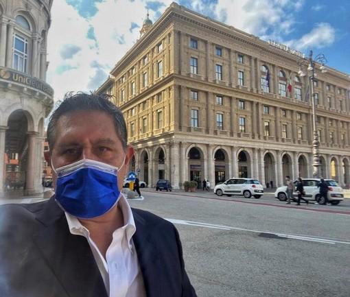 """Coronavirus, in Liguria servono posti letto, Toti: """"Si lavora per ospedale in fiera a Genova"""" (VIDEO)"""