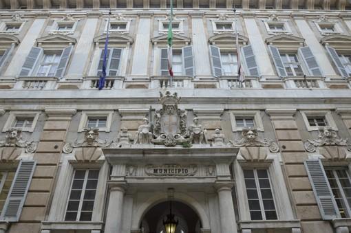 """Genova, allarme bomba a Palazzo Tursi: """"Liberate Battisti, siamo delle Brigate Rosse"""""""