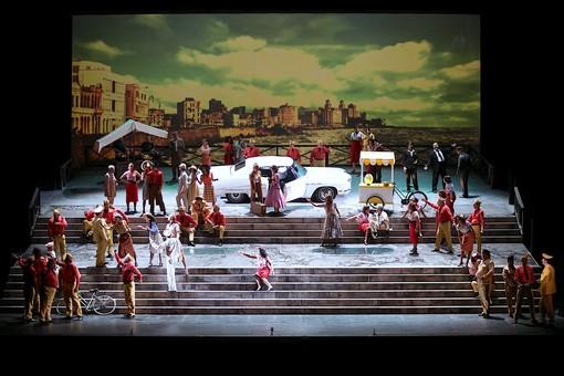 La Carmen di Bizet spostata da Davide Livemore nella Cuba rivoluzionaria di Fidel Castro e Che Guevara