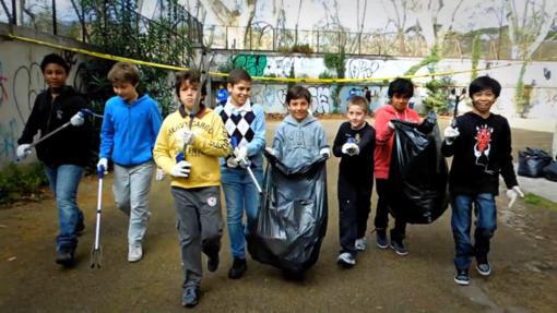 La tournée della Banda Riciclante fa tappa a Genova con i ragazzi dell'Istituto Comprensivo Teglia