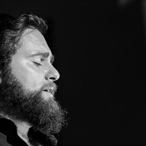 """Dall'entroterra ligure il cantautorato di Gioacchino Costa: """"La musica è la mia terapia"""""""