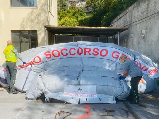 Smontata la tenda pre triage del San Martino allestita per l'emergenza Coronavirus