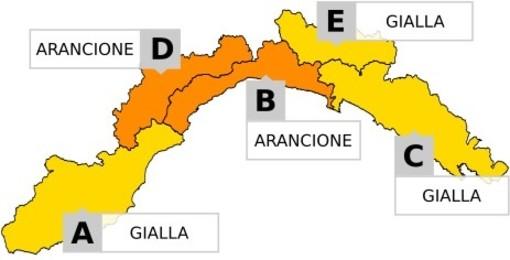 Meteo: continua la pioggia battente a Genova