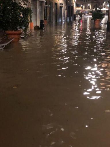 Nuovi danni a Rapallo, allagamenti in città  e negozi danneggiati