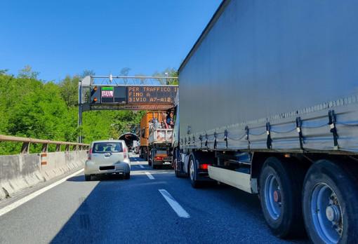 """Autotrasportatori 'imprigionati' per ore in autostrada, Sanna (Pd): """"Trovare soluzione: ne va della nostra economia"""""""