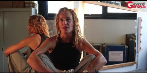 """Dal palcoscenico al set, Alice Arcuri: """"Recitare è la mia vita ed è indagare l'uomo"""""""