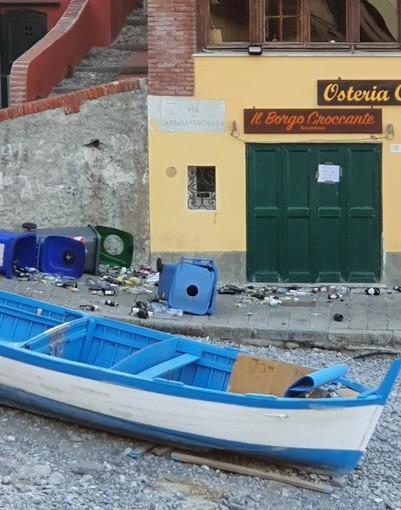 Ferragosto movimentato a Boccadasse: sporcizia, degrado e vandalismi