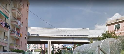 Pra', esposto ad Autostrade per le barriere fonoassorbenti smontate e non ancora sostituite