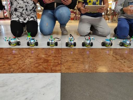Chiavari: riprendono i corsi di robotica di Wylab
