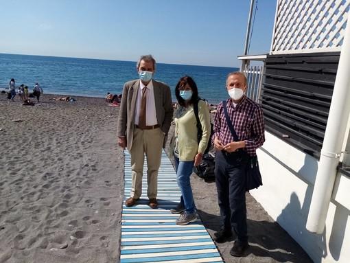 Tutti al mare: pronta la spiaggia di via Gianelli, presto inaugurazione per Vernazzola e la 'Bau' di Sturla
