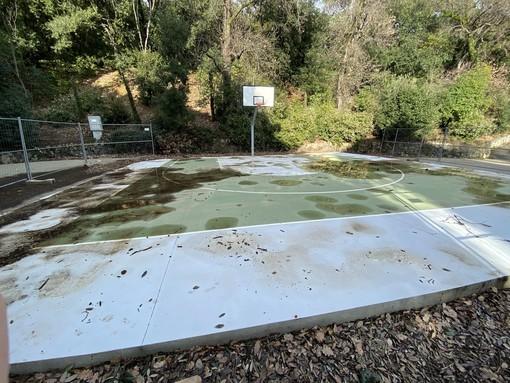 Pegli, il campo da street basket in Villa Doria demolito la prossima settimana