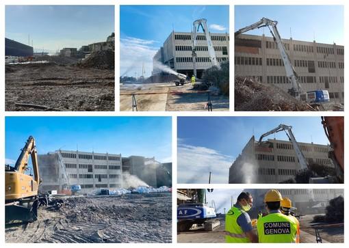 Waterfront di Levante: iniziata la demolizione del Padiglione D (FOTO)