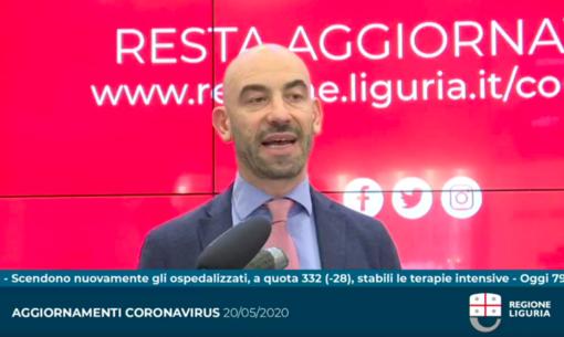 """Coronavirus, Bassetti: """"Il virus ha perso forza, non è lo stesso che abbiamo affrontato due mesi fa"""" (VIDEO)"""