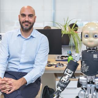 """Istituto italiano di tecnologia: il ricercatore Daniele Pucci vince il premio """"Mit innovators under35 Europe"""" [FOTO]"""
