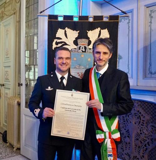 Santa Margherita: il Capitano Piras riceve la cittadinanza onoraria