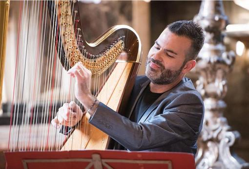 """A Rapallo concerto dell'arpista Davide Burani e dell'organista Stefano Pellini per il festival """"Armonie sacre"""""""