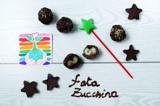 Felici & Veloci, la nuova ricetta di Fata Zucchina: 'Mini-Rocher di mirtilli, ciocco e liquirizia'