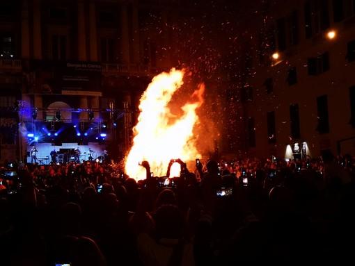 San Giovanni: festa tra falò e diretta da Genova, Firenze e Torino