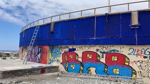 Nervi, i graffitari hanno vita breve