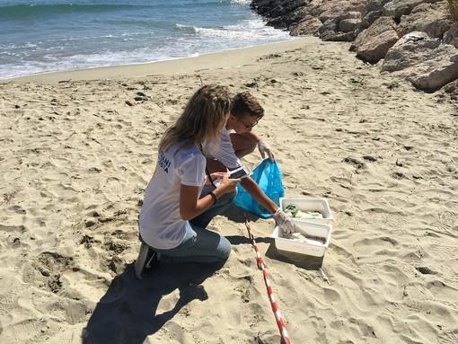 """""""Guardiani della Costa"""": oltre 5700 studenti coinvolti nella salvaguardia del mare"""