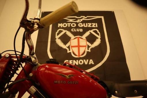 La Moto Guzzi compie cent'anni: annullo filatelico a Genova e mostra di modellini
