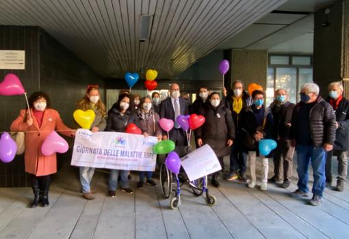 """""""I malati non possono aspettare"""". Davanti al consiglio regionale il Gruppo di Consultazione Giornata delle malattie rare Liguria per avere risposte"""