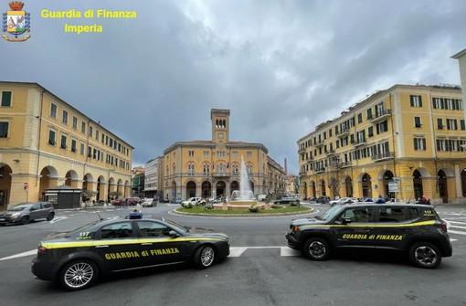L'operazione 'Mago merlino' coordinata dalla Procura di Genova smantella organizzazione dedita al traffico e spaccio di droga (VIDEO e FOTO)