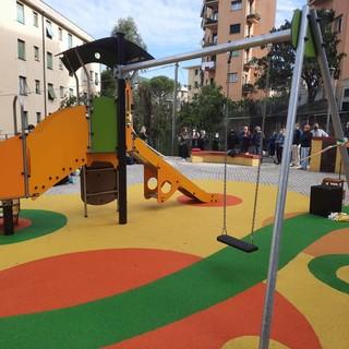 Montesignano: panchine, tavoli e una nuova area giochi nei giardini Varesano