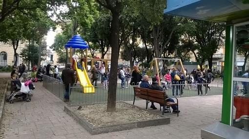 """Nella foto i giardini di Piazza Martinez, esempio di """"piazza generazionale"""""""