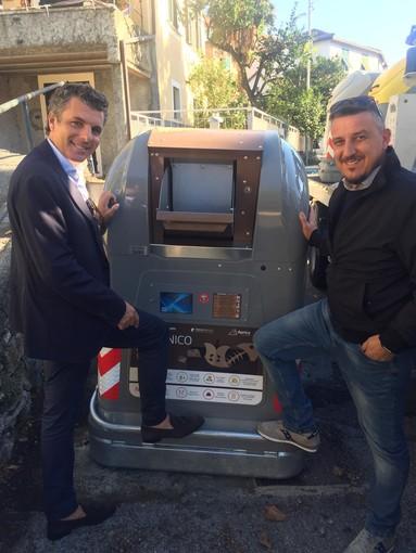 Raccolta rifiuti: prosegue a Rapallo la sostituzione delle campane per il secco e l'organico