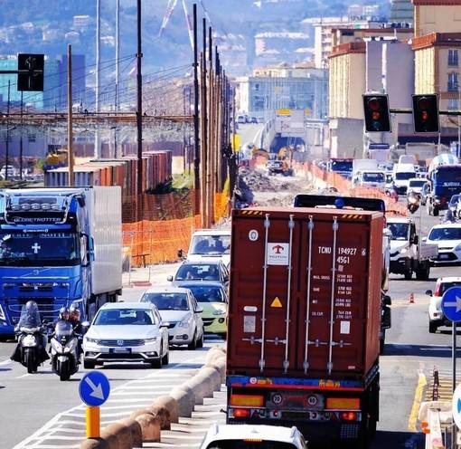 """Sviluppo Genova: """"Il Lotto 10 farà respirare il traffico"""". Ma lungomare Canepa insorge"""
