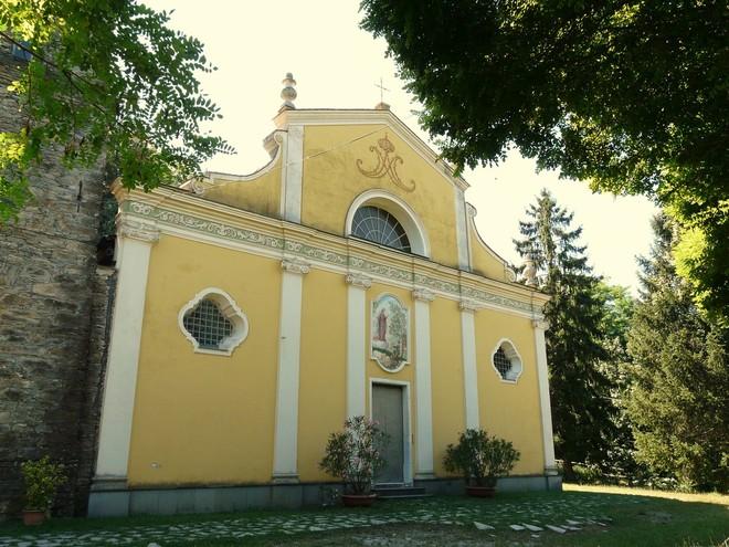 Santuario di Nostra Signora del Bosco, Lumarzo, Liguria, Italia. Foto di Davide Papalini, licenza Attribution ShareAlike 3.0 Creative Commons