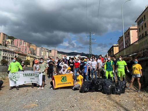 Legambiente Liguria: 100 volontari puliscono il Bisagno per indagare lo stato di salute del torrente
