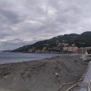 La spiaggia di Voltri sarà pronta entro una settimana