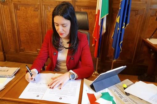 """L'annuncio del ministro Azzolina: """"Un comitato di esperti metterà a punto il piano-scuola"""""""