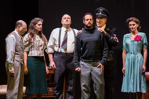"""""""La cena delle belve"""": l'acclamata opera francese al Teatro della Corte"""