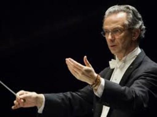 Ritorno sul podio di Fabio Luisi per l'inizio della nuova stagione sinfonica del teatro Carlo Felice