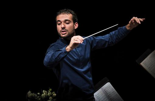 Il teatro Carlo Felice riapre omaggiando Beethoven col giovane Leonardo Sini sul podio [FOTO]