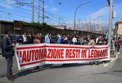 """Leonardo, Gonzato (Fiom): """"Basta ambiguità, il Mise e il Governo dicano se condividono o meno la cessione"""""""