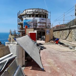 Sopralluogo alla Marinella di Nervi: proseguono gli interventi di consolidamento