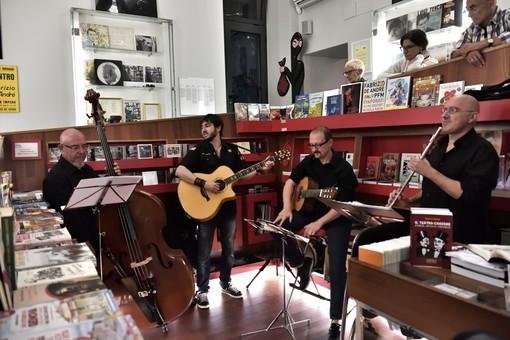"""A Natale la musica di """"Teatro Canzone in Via del Campo"""" in streaming"""